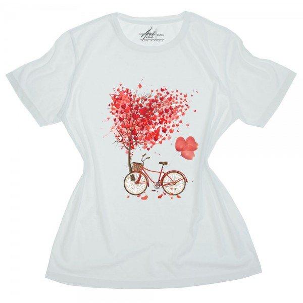 camiseta feminina branca arvore coracoes